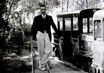 Vincent Astor in Bermuda with his private train in 1938